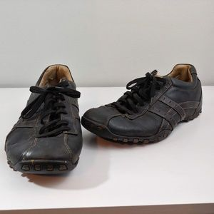 Mens 11 Skechers casual golf shoes black leather